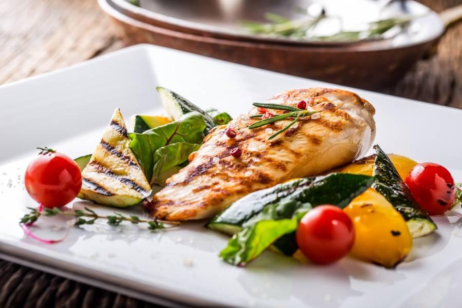 Что есть на ночь: 8 продуктов, которые помогут сбросить вес