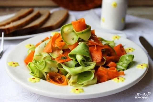 Маринованные кабачки с морковкой