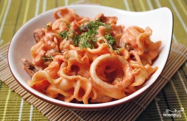 Паста с морепродуктами в томатном соусе - пошаговый рецепт с фото на
