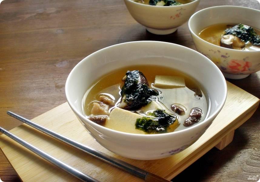 Суп с шиитаке и тофу