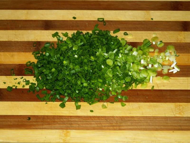 Салат с копченым колбасным сыром - пошаговый рецепт с фото на