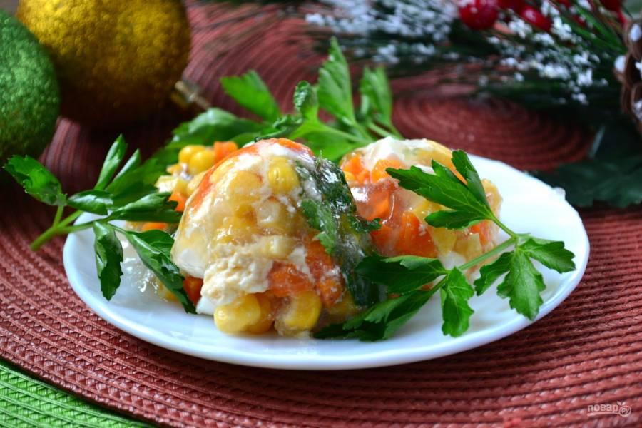 Овощное заливное в яичной скорлупе