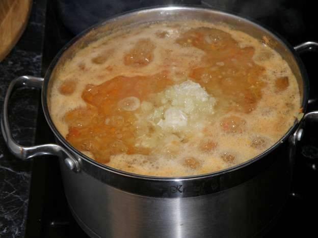 Аджика из кабачков острая на зиму - пошаговый рецепт