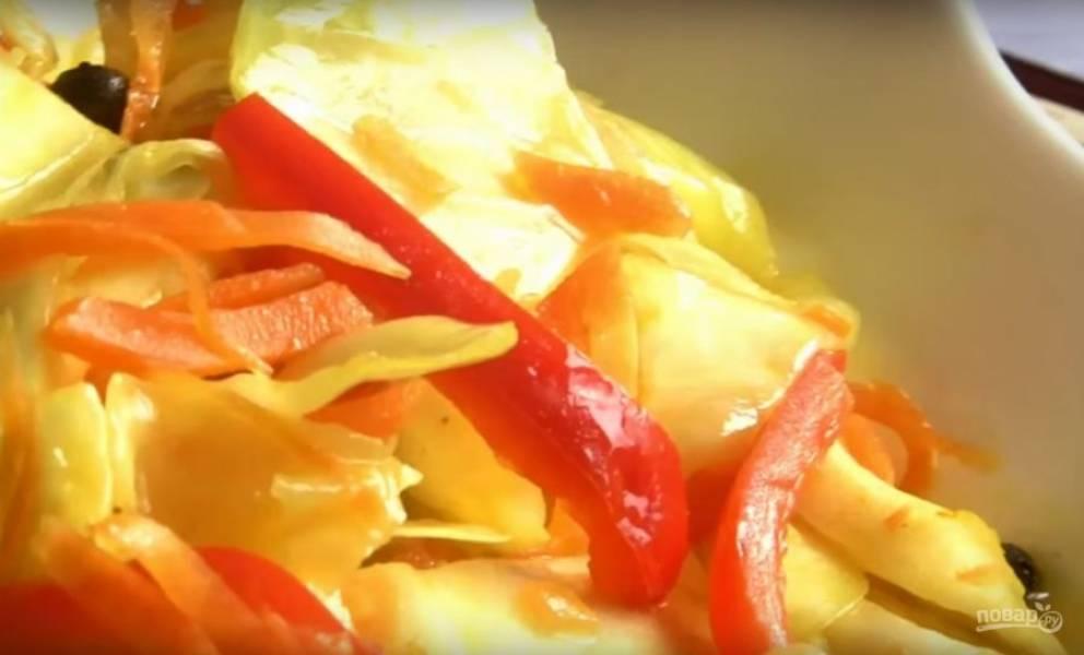 Капуста, маринованная с перцем и куркумой - пошаговый рецепт