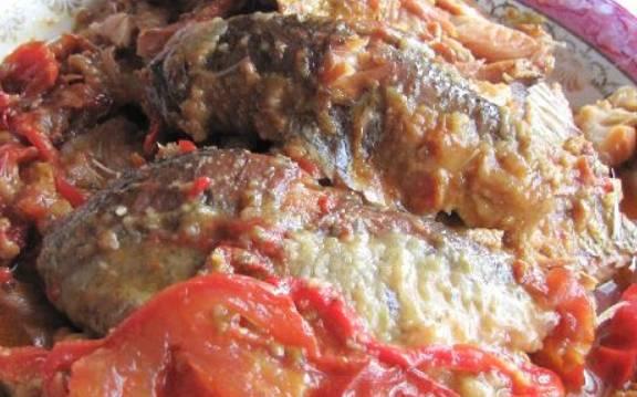 Рыба, тушеная с помидорами - пошаговый рецепт