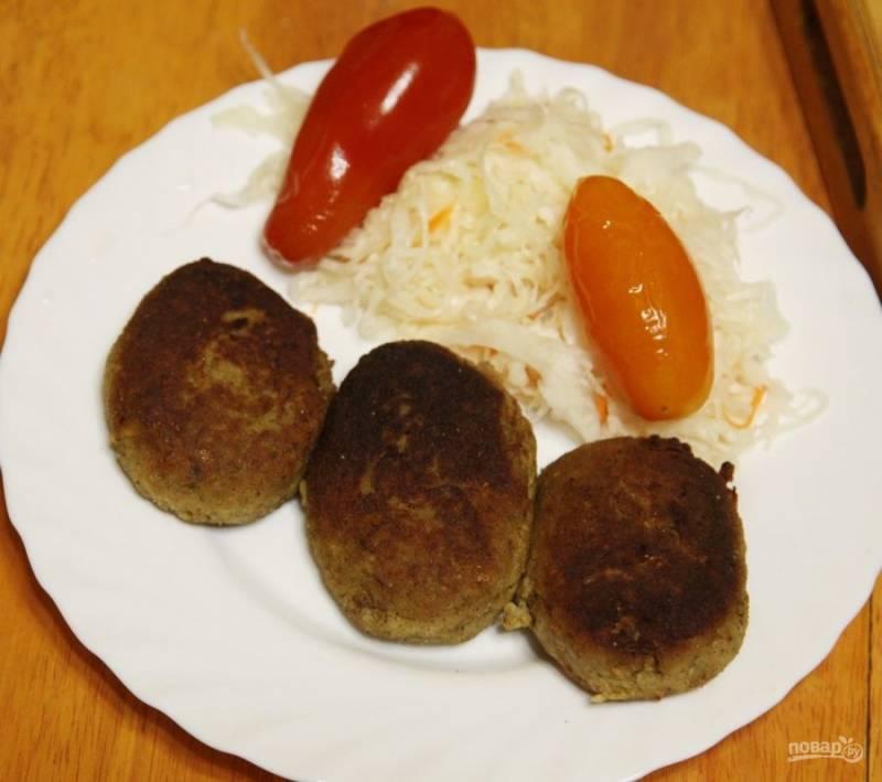Рыбные котлеты из карася - пошаговый рецепт с фото на