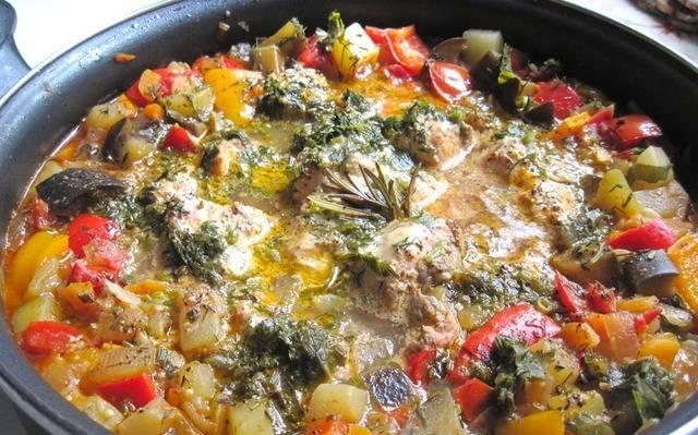 Кижуч, тушенный с овощами - пошаговый рецепт с фото на