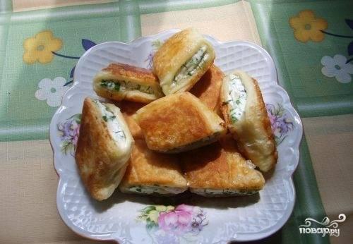 Пирожки с творогом на сковороде