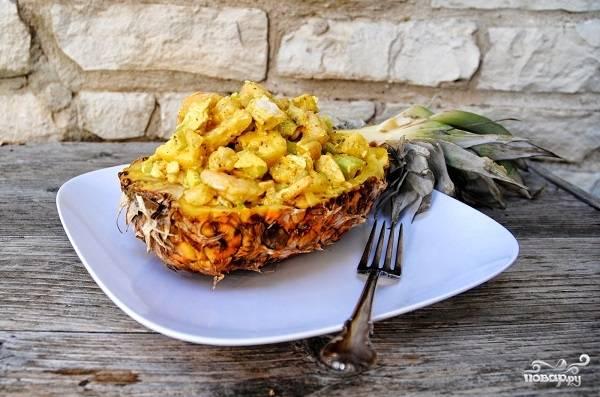 """Салат """"Нежность"""" с креветками и ананасом"""