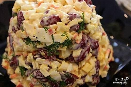 Крабовый салат с фасолью - пошаговый рецепт