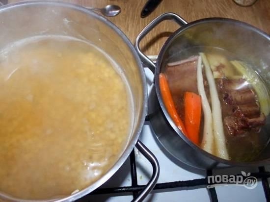 Суп гороховый с копченостями - пошаговый рецепт