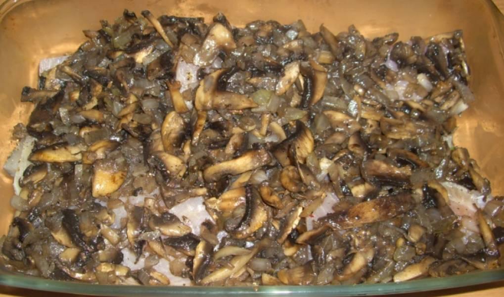 Рыба, запеченная с грибами и сыром - пошаговый рецепт