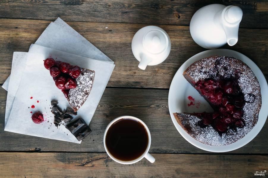 Десерт с вишней