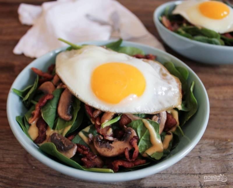 Салат из жареных грибов