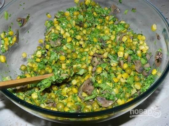 Салат с шампиньонами жареными - пошаговый рецепт с фото на