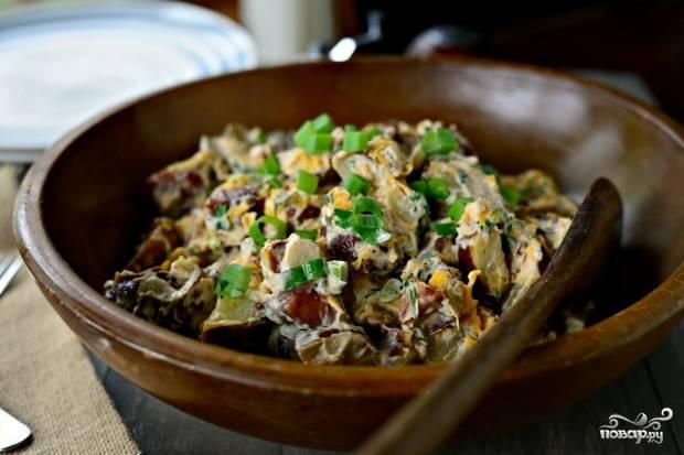 Салат с запеченным картофелем