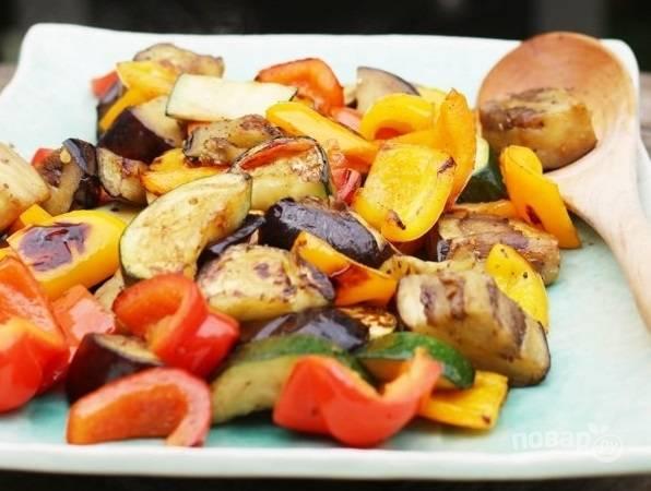 Овощи на гриле для салата