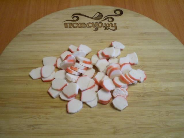 Салат с корейской морковкой и крабовыми палочками - пошаговый рецепт с фото на