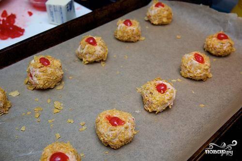 Печенье с орехами и мараскиновой вишней - пошаговый рецепт
