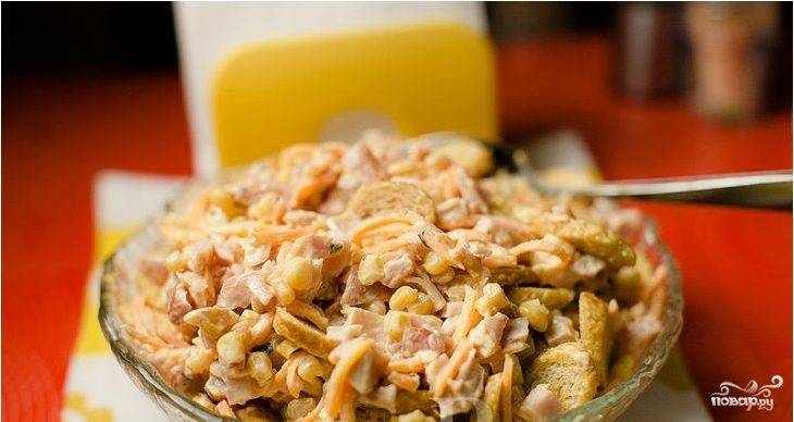 Салат из копченой курицы с корейской морковью