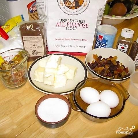 На этой фотографии - необходимые для приготовления кекса ингредиенты.