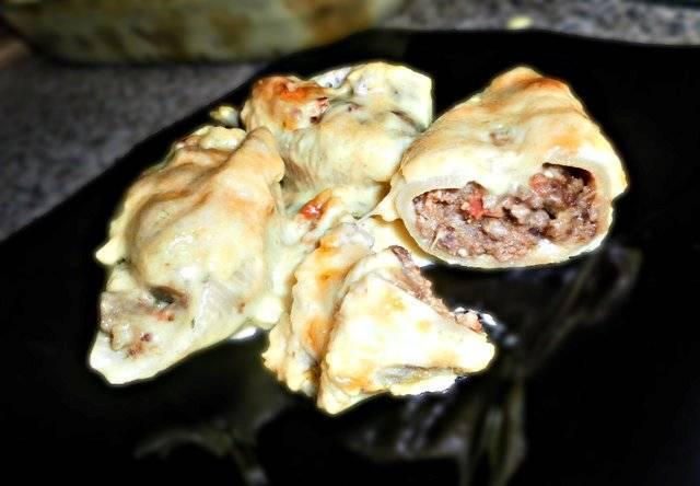 Фаршированные ракушки под соусом - пошаговый рецепт