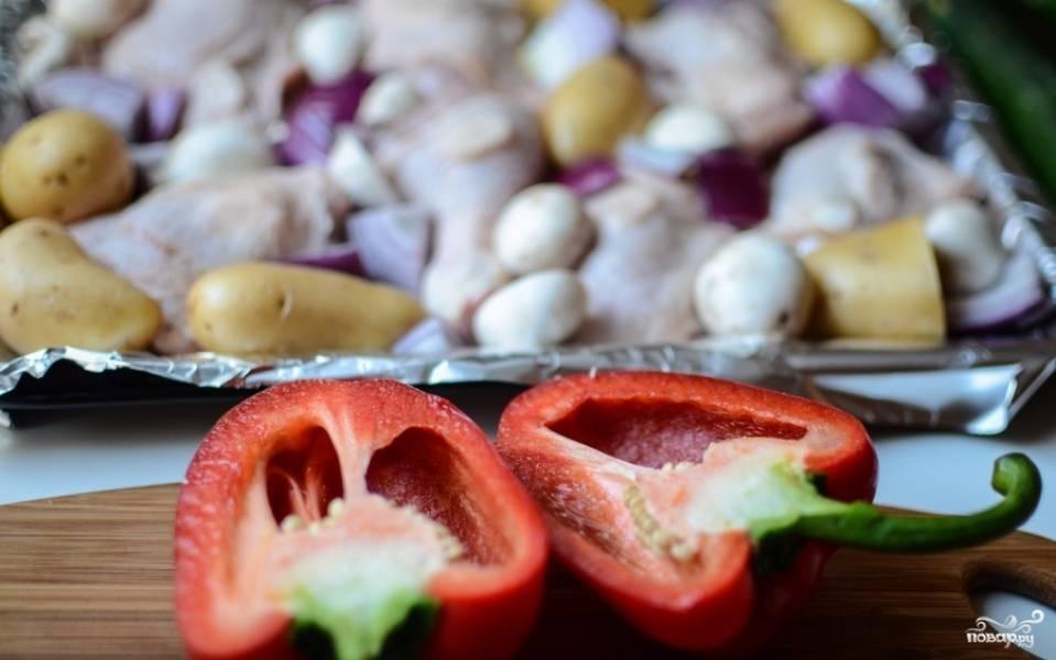 Курица, запеченная с овощами в духовке - пошаговый рецепт