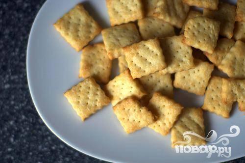 Крекеры с сыром Пармезан