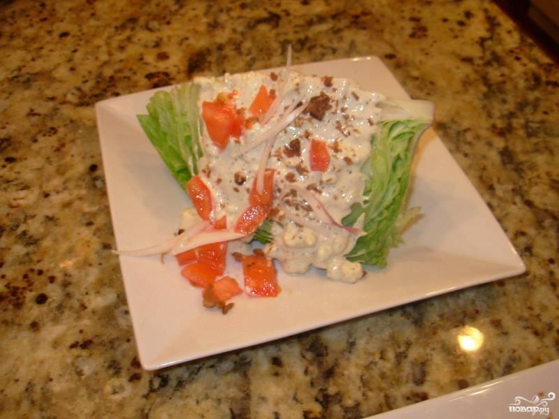 Салат из сыра с благородной плесенью