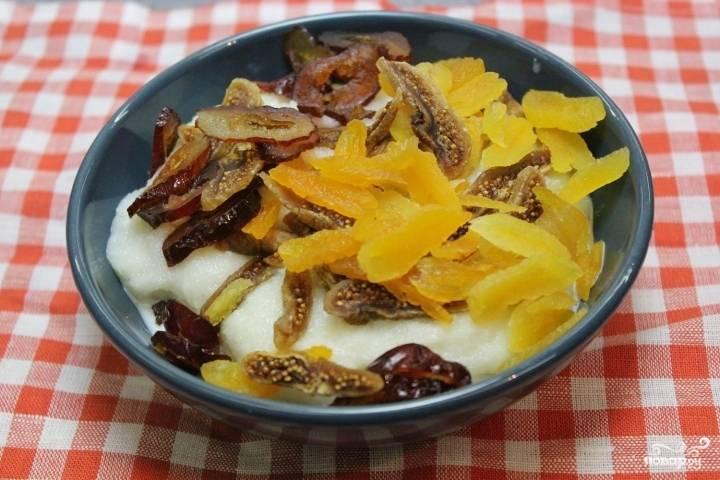 Манная каша с фруктами - пошаговый рецепт