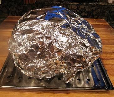 Курица, запеченная в духовке в фольге - пошаговый рецепт