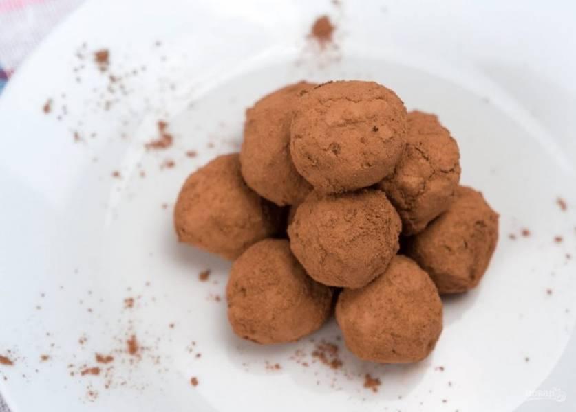 Шоколадные трюфели с авокадо - пошаговый рецепт с фото на