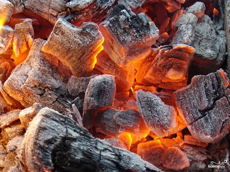 Приготовить угли.