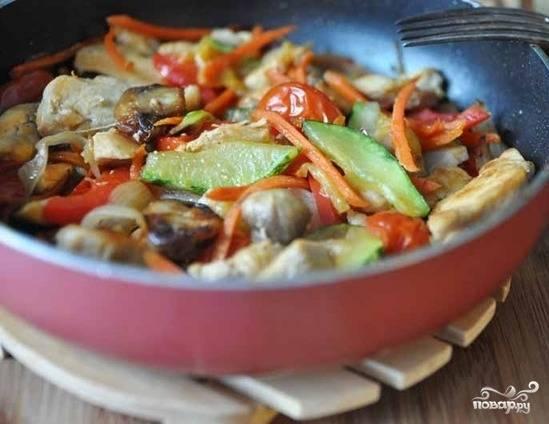 Соте из курицы с овощами