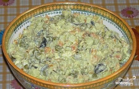 """Салат """"Оливье"""" с капустой"""