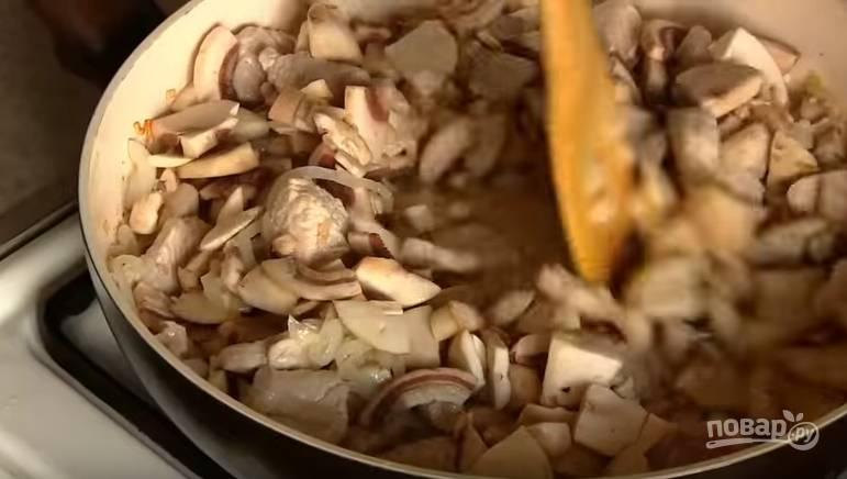 Полтавские галушки в горшочках с мясом и грибами - пошаговый рецепт