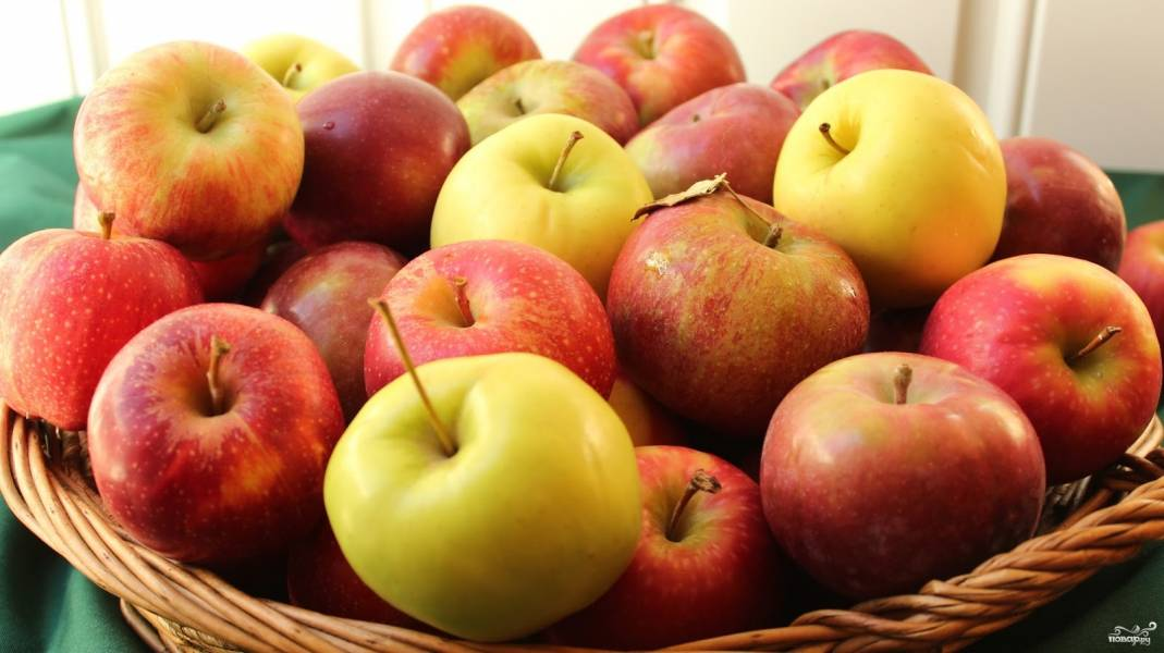 Яблоки в сиропе на зиму