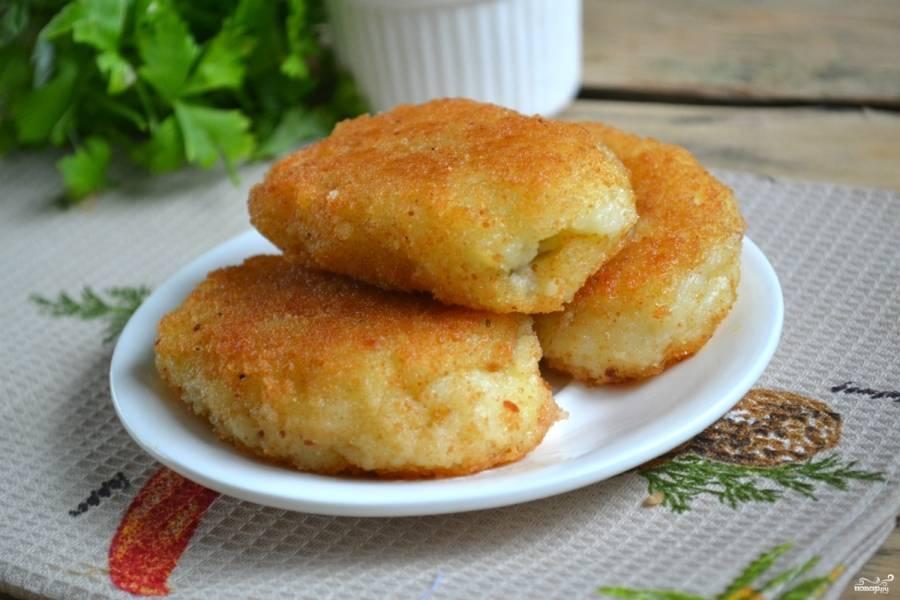 Постные картофельные котлеты с грибами - пошаговый рецепт с фото на