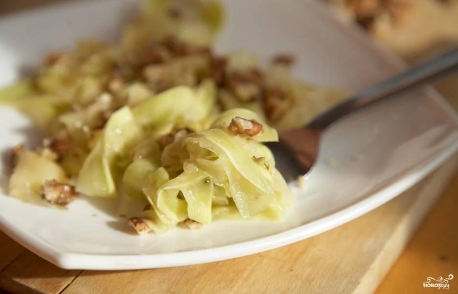 Салат из кабачков и орехов