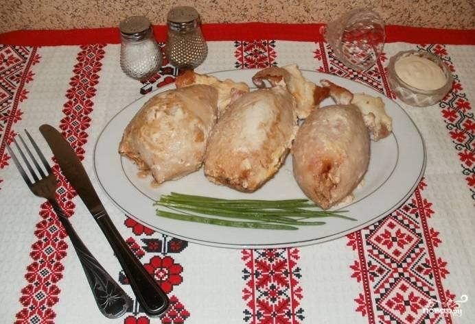 Фаршированный кальмар с рисом и яйцом