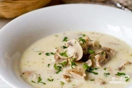 Суп с шампиньонами и курицей