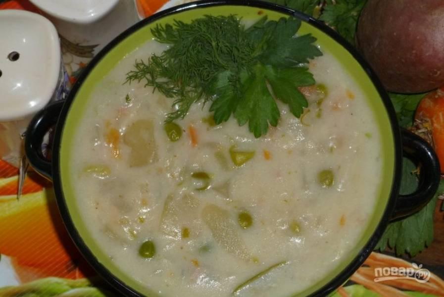 Сырно-молочный суп с овощами