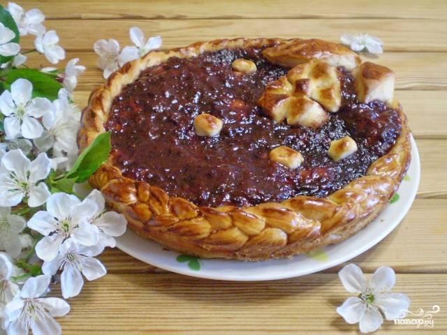 Пирог открытый с вареньем