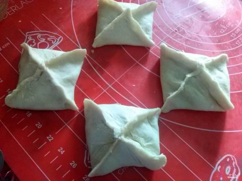 Хачапури из готового слоеного теста - пошаговый рецепт с фото на