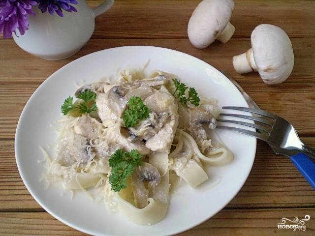 Фетучини с курицей и грибами пошаговый рецепт