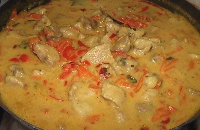 Гуляш из говядины рецепт без томатной пасты с фото пошагово