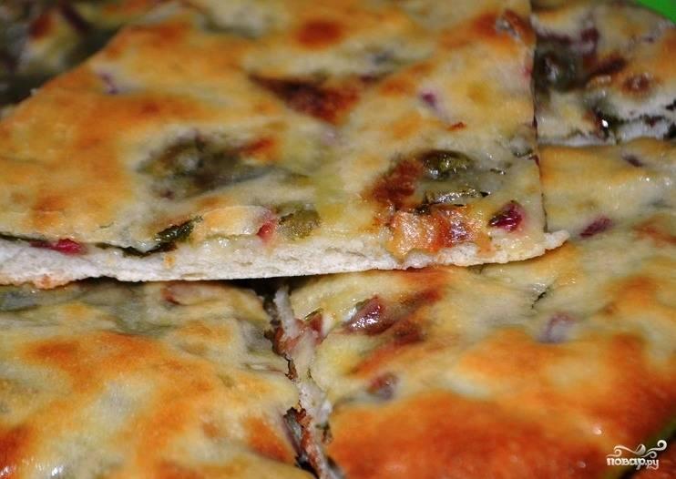 Осетинский пирог с ботвой и сыром