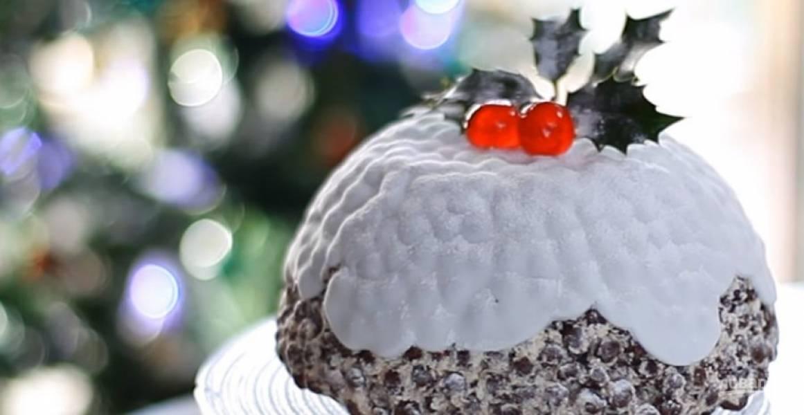 3. Украсьте торт мастикой, какао, растопленным шоколадом или кокосовой стружкой. Приятного аппетита!