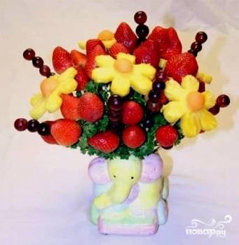 Букет из фруктов своими руками - пошаговый рецепт с фото на