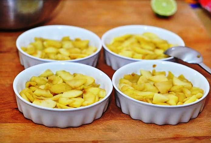 Диетический яблочный пирог - пошаговый рецепт с фото на